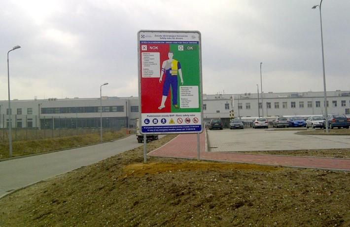 Tablica informacyjna parking Electrolux - Agencja Reklamowa GEOSPACE